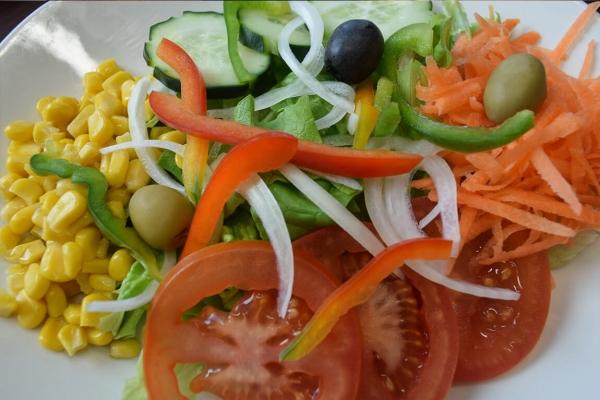 salada-tipicaE545DEDF-3A8C-4835-F7A8-64C87B6CEBAB.jpg